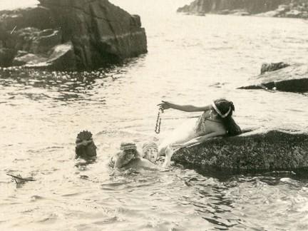 web-mermaidsinwater