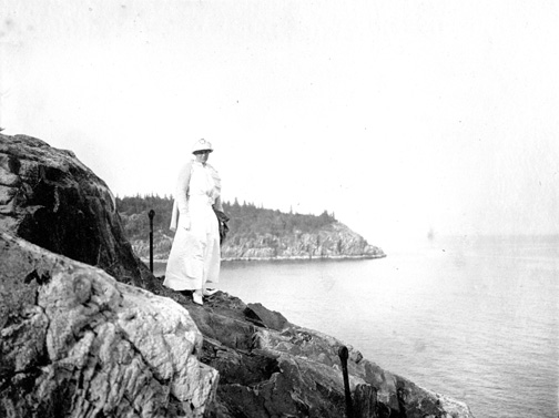 Photo courtesy of the Seal Harbor Library. Dunham Collection No.579