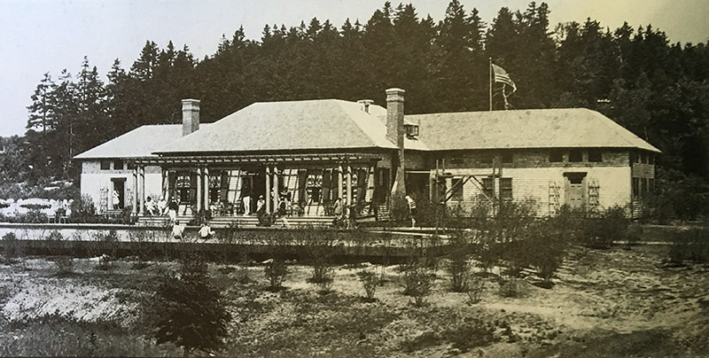 Seal Harbor Club ca. 1926. Photo from Vandenbergh and Shettleworth, Revisiting Seal Harbor.